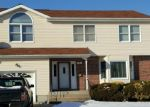 Foreclosed Home en MAXSON AVE, Freeport, NY - 11520