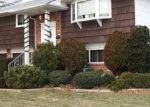 Foreclosed Home en MCKINLEY ST, Baldwin, NY - 11510