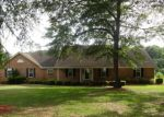 Foreclosed Home en KINGSWOOD DR, Dublin, GA - 31021