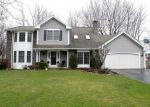Foreclosed Home en WOODMILL DR, Rochester, NY - 14626