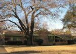 Foreclosed Home en BROOK VALLEY LN, Dallas, TX - 75232