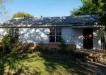 Foreclosed Home en N FAROLA DR, Dallas, TX - 75228