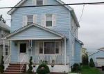 Foreclosed Home en LINCOLN AVE, Carteret, NJ - 07008