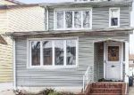 Foreclosed Home en MAYDA RD, Rosedale, NY - 11422