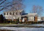 Foreclosed Home en BUCKINGHAM ST, Livonia, MI - 48154