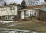 Foreclosed Home en MERLIN DR, Schaumburg, IL - 60193