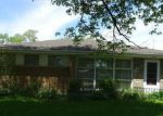 Foreclosed Home en BERNICE RD, Lansing, IL - 60438