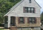 Foreclosed Home en GARDEN ST, Teaneck, NJ - 07666
