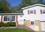 Foreclosed Home en CEDAR AVE, Country Club Hills, IL - 60478