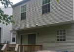 Foreclosed Home en OLD CROWN DR, Pasadena, MD - 21122
