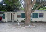 Foreclosed Home en HELM AVE, Jacksonville, FL - 32244