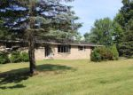 Foreclosed Home en LAKEVILLE CT, Lakeville, PA - 18438