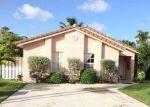Foreclosed Home en NW 181ST TERRACE CIR W, Hialeah, FL - 33015