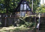 Foreclosed Home en HUCK FINN DR, Front Royal, VA - 22630