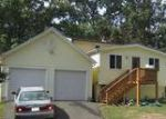 Foreclosed Home en CULLEN AVE, West Haven, CT - 06516