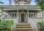 Foreclosed Home en S HUMPHREY AVE, Oak Park, IL - 60304
