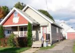 Foreclosed Home en DRYDEN AVE, Utica, NY - 13502
