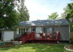 Foreclosed Home en FRONT AVE, Brentwood, NY - 11717
