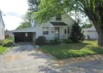 Foreclosed Home en STIENING ST, Waterloo, IL - 62298