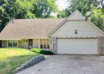 Foreclosed Home en E 66TH CT S, Broken Arrow, OK - 74014