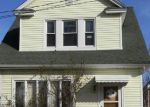 Foreclosed Home en NEPTUNE AVE, Jersey City, NJ - 07305