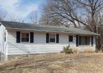 Foreclosed Home en S SINCLAIR RD, Columbia, MO - 65203