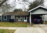 Foreclosed Home en GELPI DR, Lake Charles, LA - 70615