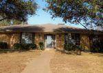 Foreclosed Home en WINDRIDGE DR, Garland, TX - 75043