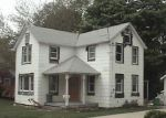 Foreclosed Home en FORDHAM ST, Patchogue, NY - 11772