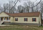 Foreclosed Home en DERRICKS CREEK RD, Charleston, WV - 25320