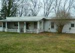 Foreclosed Home en POCONO PARK DR, Stroudsburg, PA - 18360