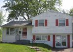 Foreclosed Home en ESTELLE AVE, Blackwood, NJ - 08012