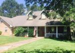 Foreclosed Home en LAKE DAVID DR, Picayune, MS - 39466
