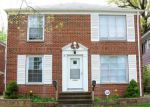Foreclosed Home en CEDAR RD, Cleveland, OH - 44118
