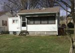 Foreclosed Home en RUSSELL AVE, Newark, OH - 43055