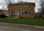 Foreclosed Home en DOBSON AVE, South Holland, IL - 60473