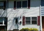 Foreclosed Home en MOORE DR, Berryville, VA - 22611