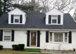 Foreclosed Home en BROOK RD, Southbridge, MA - 01550