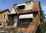 Foreclosed Home en WHITE AVE, Lincoln Park, MI - 48146