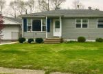 Foreclosed Home en NEWPORT AVE, Portage, IN - 46368