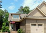 Foreclosed Home en CYPRESS CIR, Southern Pines, NC - 28387