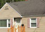 Foreclosed Home en SACO ST, Westbrook, ME - 04092