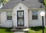 Foreclosed Home en W 8 MILE RD, Highland Park, MI - 48203