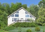 Foreclosed Home en SUNSET DR, Oneonta, NY - 13820