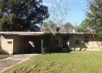 Foreclosed Home en MANDALAY RD, Jacksonville, FL - 32216
