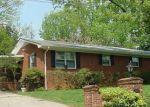 Foreclosed Home en LINDALE DR, Asheboro, NC - 27205