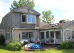 Foreclosed Home en COTTAGE LN, Harsens Island, MI - 48028