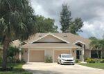 Foreclosed Home en PARK LAKE DR, Naples, FL - 34110