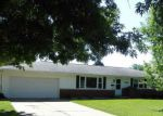 Foreclosed Home en N GOLF DR, Peoria, IL - 61604