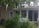 Foreclosed Home en LAKESIDE DR, Delton, MI - 49046